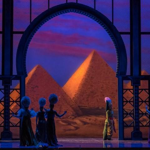 Luna de miel en el Cairo